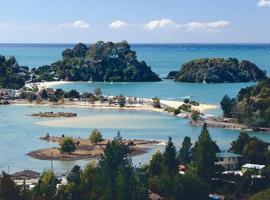 Kimi Ora Eco Resort: View from Kimi Ora