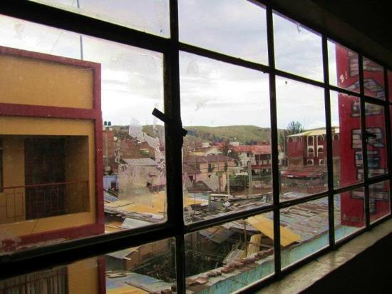 Inka's Rest: windows inside the room