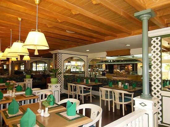 Montien Hotel Bangkok: Ruenton Coffee lounge 
