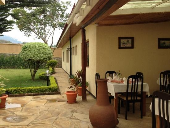 THE MILIMANI LODGE: breakfast at Milimani Lodge