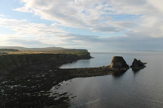 Dunnet Head Self Catering and B&B: The bay view from the B&B