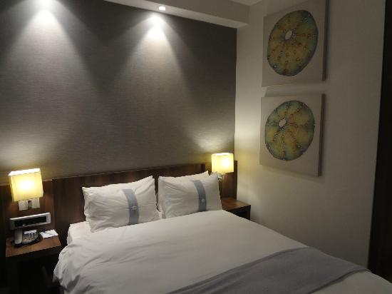 Holiday Inn Express Durban - Umhlanga: I liked the wall pictures