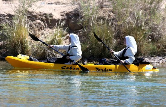 London Bridge Resort: When visiting Lake Havasu you never know what you will see next. Here is a perfect example of ho