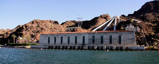 London Bridge Resort: This is the Gene Camp pumping station on the California side of the river 40 minutes south from