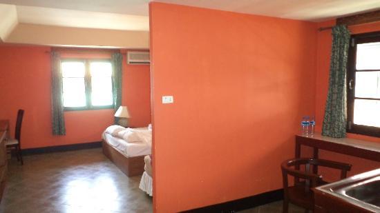 Samui Beach Apartments: Угловой номер