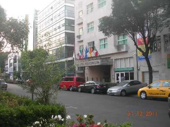 هوتل دل برينسيبادو: Hotel