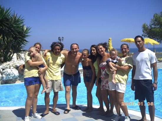 Molinella, Italy: in piscina con tutto l'equipe!
