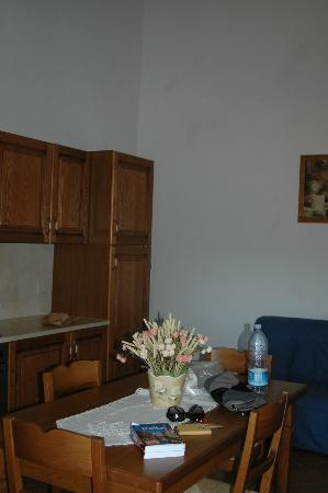 Agriturismo Santarcangelo: Salon-cocina