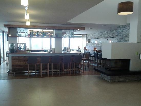 Hotel ...mein Neubergerhof: Hotelbar - Empfangsbereich
