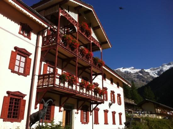 hotel villa della rosa loc it
