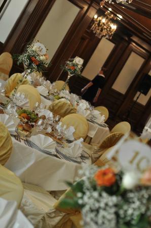 Hotel Roman Plaza: restaurant