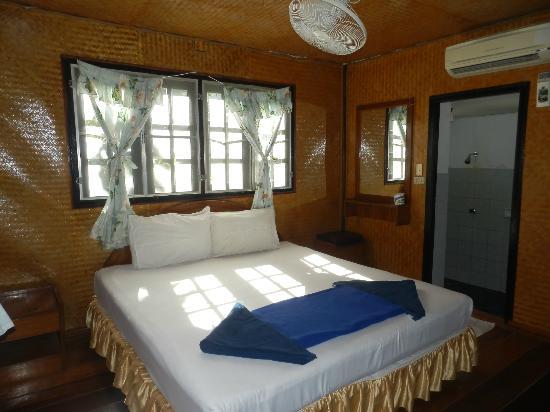 Lotus Paradise Resort: Camera