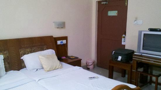 Hotel KPM Regency : Executive room