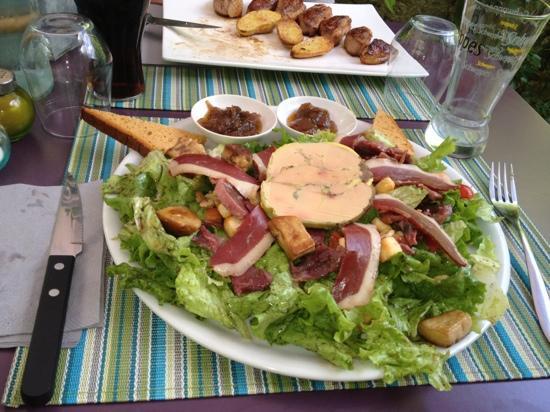 La Recre Gourmande: salade du pays