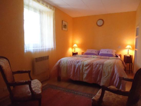 La Mancelliere-sur-Vire, France: chambre capucine