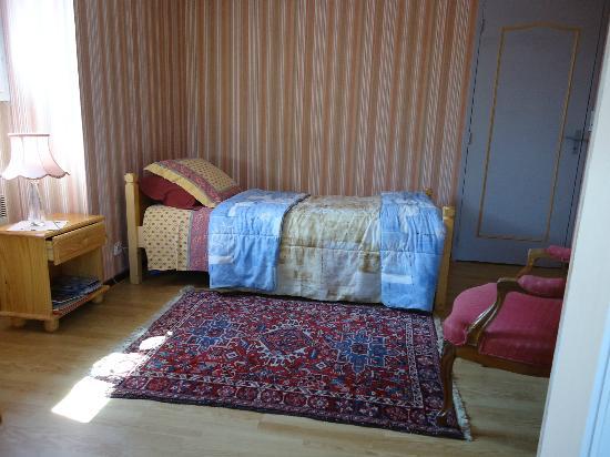 La Mancelliere-sur-Vire, France: chambre rose