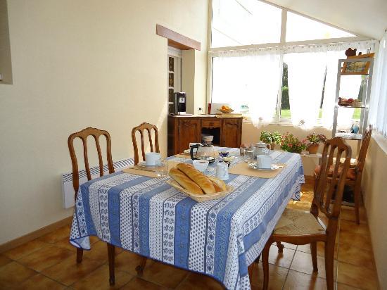 La Mancelliere-sur-Vire, France: salle à manger