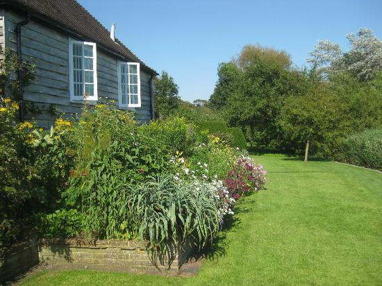 Garden Alfriston Clergy House
