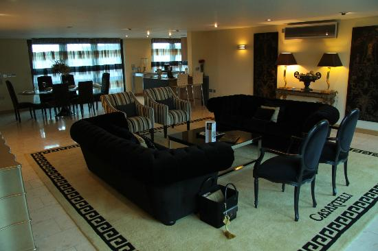 Presidential suite picture of posh pads liverpool one for 221 post a salon