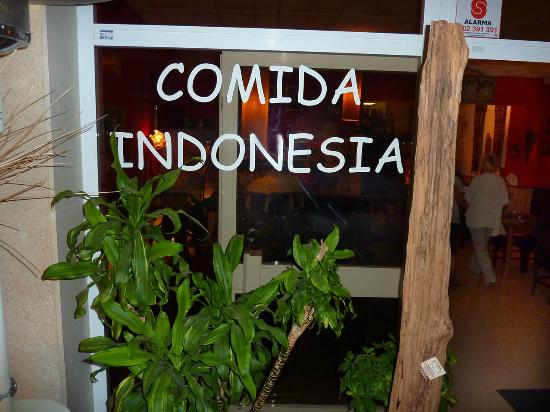Restaurante Indonesia: The real Indonesian dishes are served here