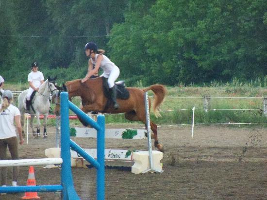 Centre Equestre La Reserve : Jumping