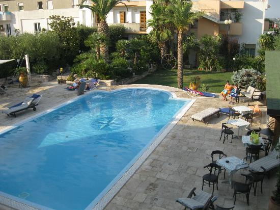 Hotel Cuor di Puglia : piscina acqua salata