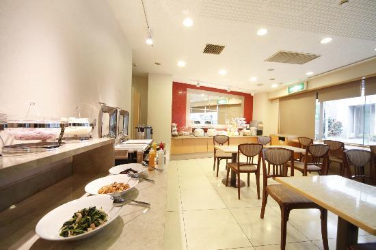 Vessel Inn Ueno Iriya Ekimae : 朝食会場(朝食有料 和洋食バイキングメニュー)