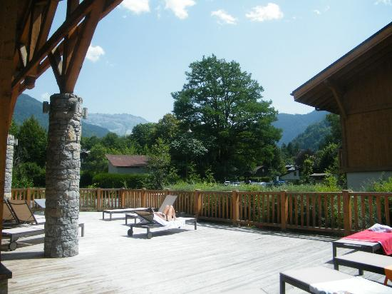 Residence CGH La Reine Des Pres : terrasse