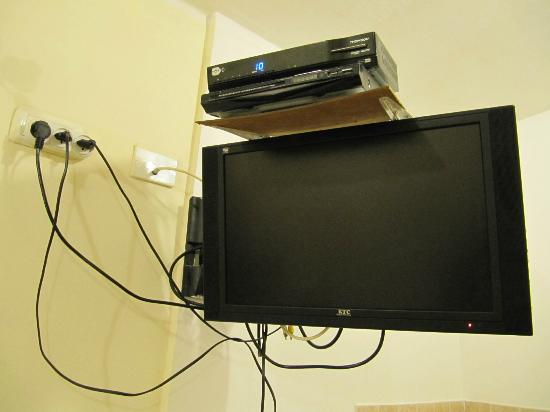 Sea Plaza Residence: tv in the room