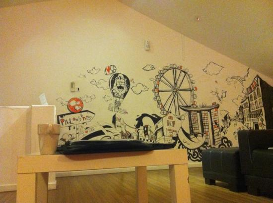 The Bohemian Chic Hostel: art in the lounge