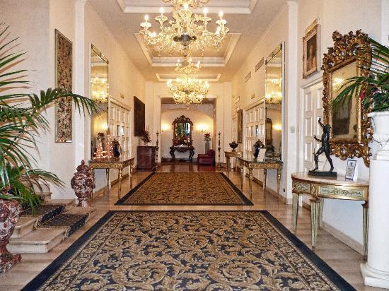 Hotel Savoy: Savoy lobby
