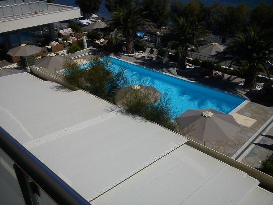 Anastasia Hotel Karystos: Θέα πισίνας από το δωμάτιο
