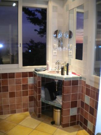Hotel Restaurant du Parc: la salle de bain