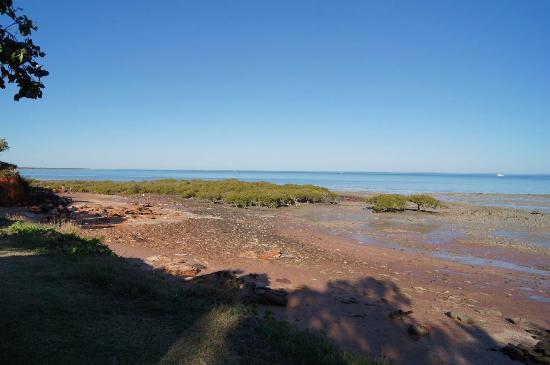 Roebuck Bay Caravan Park: Roebuck Bay