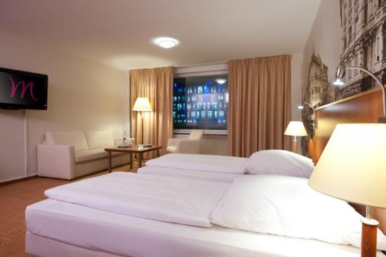 Mercure Hotel Berlin am Alexanderplatz: Standard Room with 2 single beds