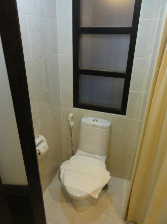 Baan Suwantawe: Toilette