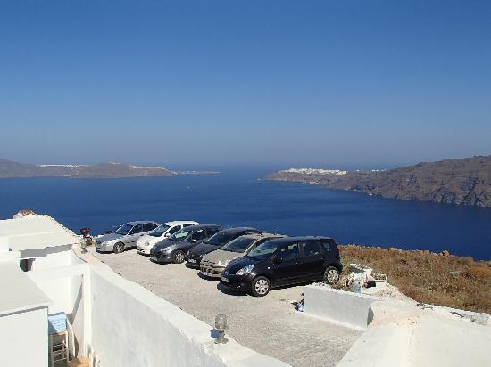 Santorini's Balcony: vue de la terrasse de la chbre