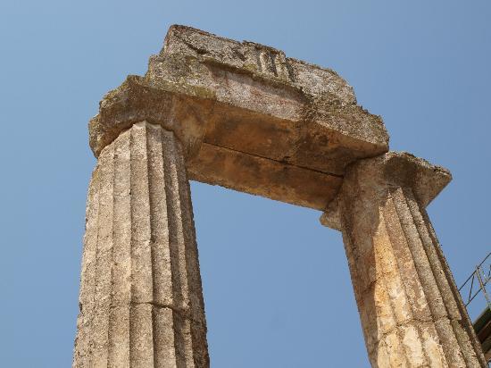 Ancient Nemea, Temple of Zeus - Picture of Ancient Nemea ...