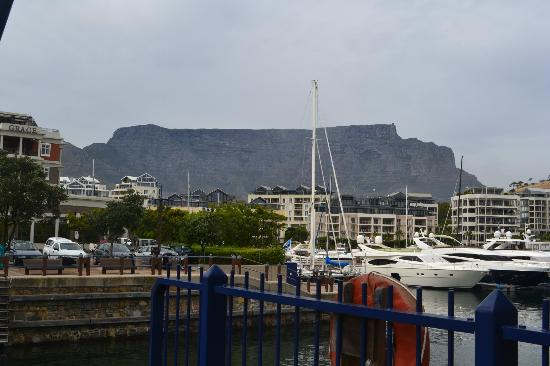 Protea Hotel by Marriott Cape Town Victoria Junction: walk to near by Waterfront