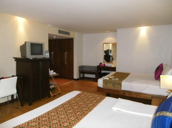 C&N Kho Khao Beach Resort: chambre