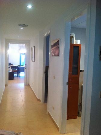 Hotel Tamariu: Hallway