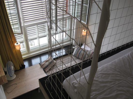 Michelberger Hotel: En cage !
