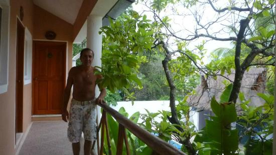 أوتل ريزيدنزا لا ماريبوسا: vue exterieur ,le balcon 