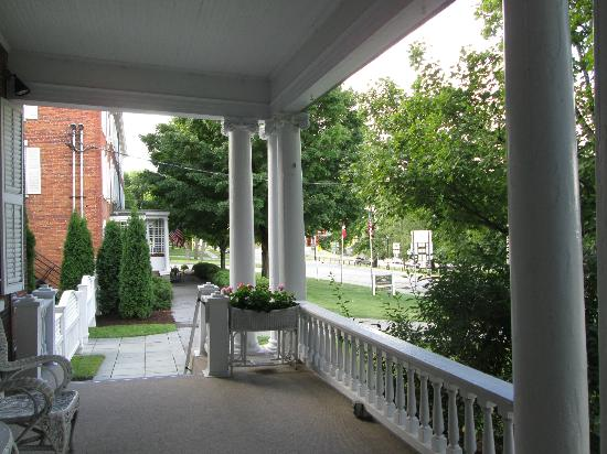 Middlebury Inn: Front porch of the Porter Mansion looking toward Inn