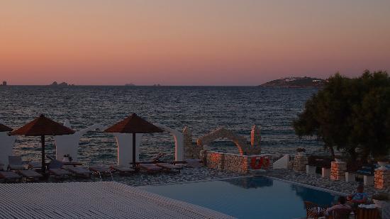 Holiday Sun Hotel: Vue de la chambre