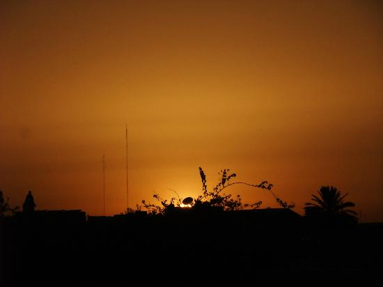 Riad BB Marrakech: Sunset from the terrace