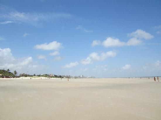 Calhau Beach : mais da praia do Calhau