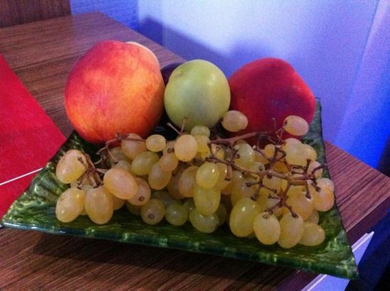 Hotel Baylan: coupe de fruits à l'arrivée à l'hôtel