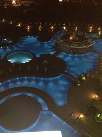 Atrium Platinum Hotel: the pool at night :)