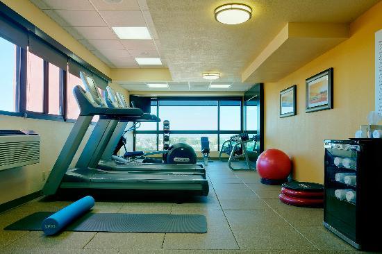 DoubleTree by Hilton Santa Fe: Fitness Center